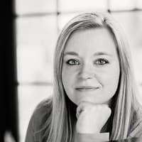 Sarah Hellier Headshot